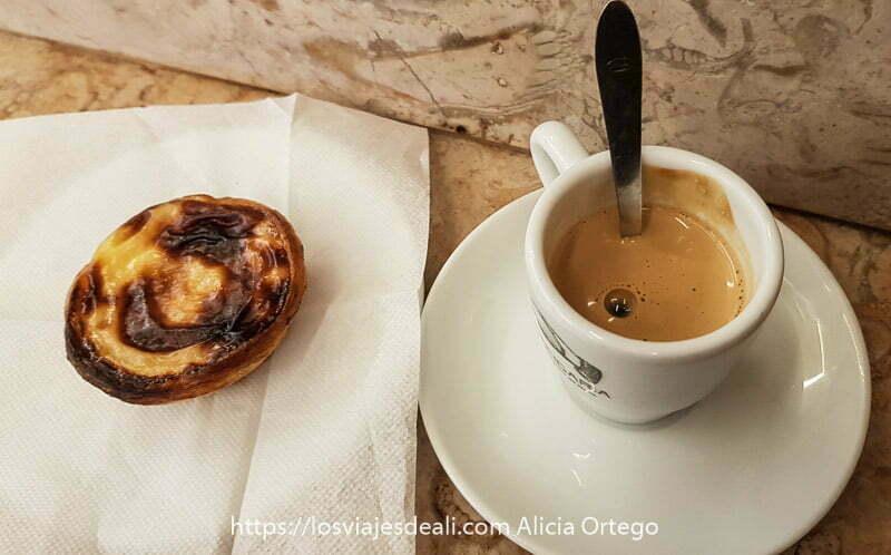guía de oporto: café con pastei de nata