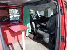 Interior de la furgo-2
