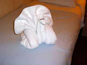 Muñecos de toalla en un barco de crucero