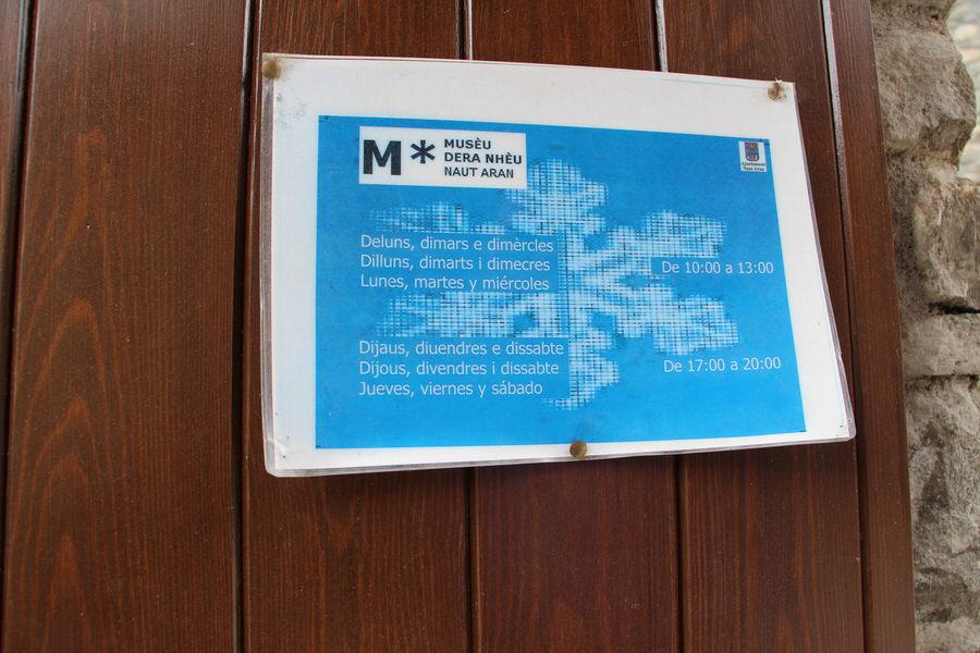 img_4353.jpg  -Horarios museo de la nieve, Unha-