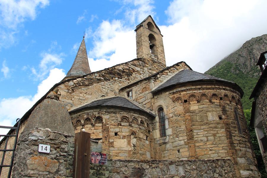 -Iglesia de Santa Eulalia, Unha-