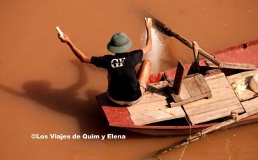 Pescador en el río Rojo