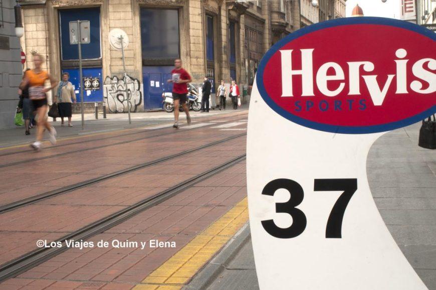 Corredores en la Maraton de Zagreb