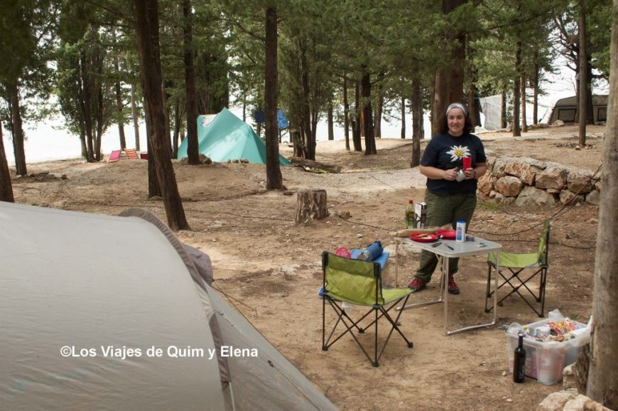 Elena en el camping de Starigrad