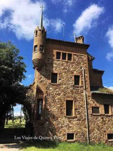Escuela y casa del maestro
