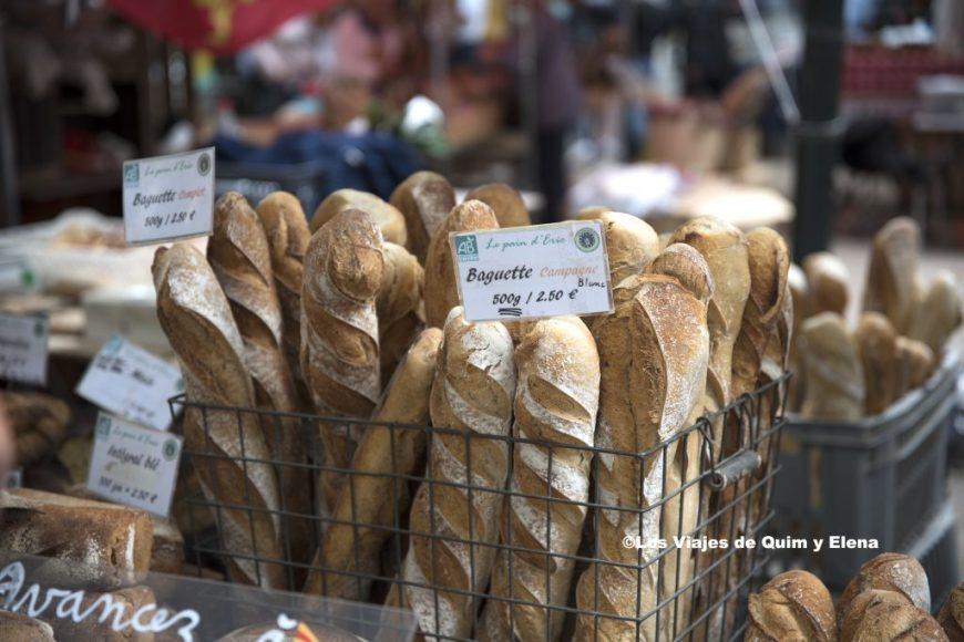 También hay pan en el mercado