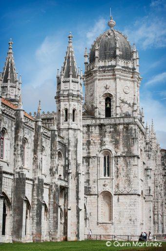 Fachada Monasterio de Los Jerónimos en el Barrio de Belem
