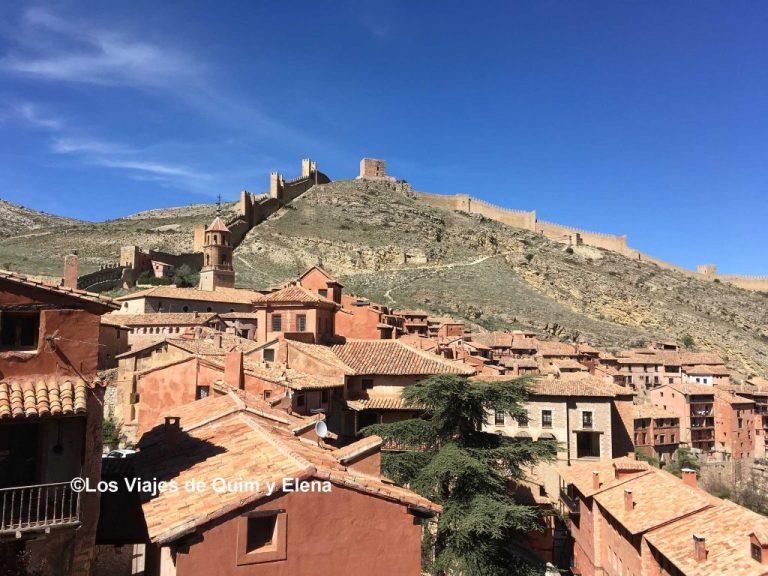 Vista de la muralla del pueblo