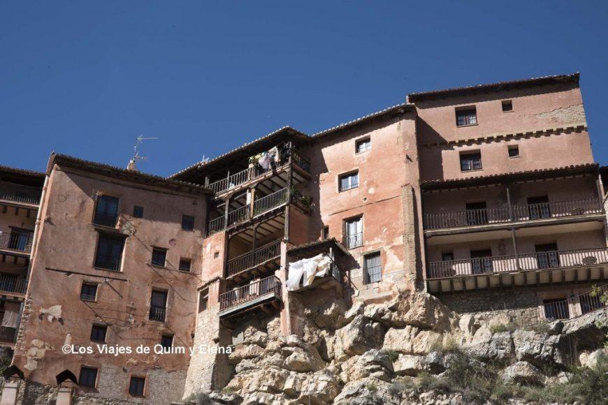 Casas de Albarracín en la roca