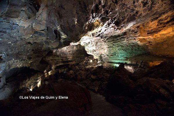 Interior de la Cueva de los Verdes - Jameos del Agua