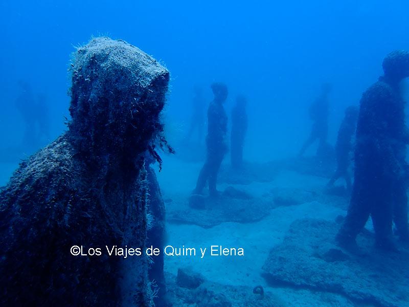 Algunas estatuas dan miedo