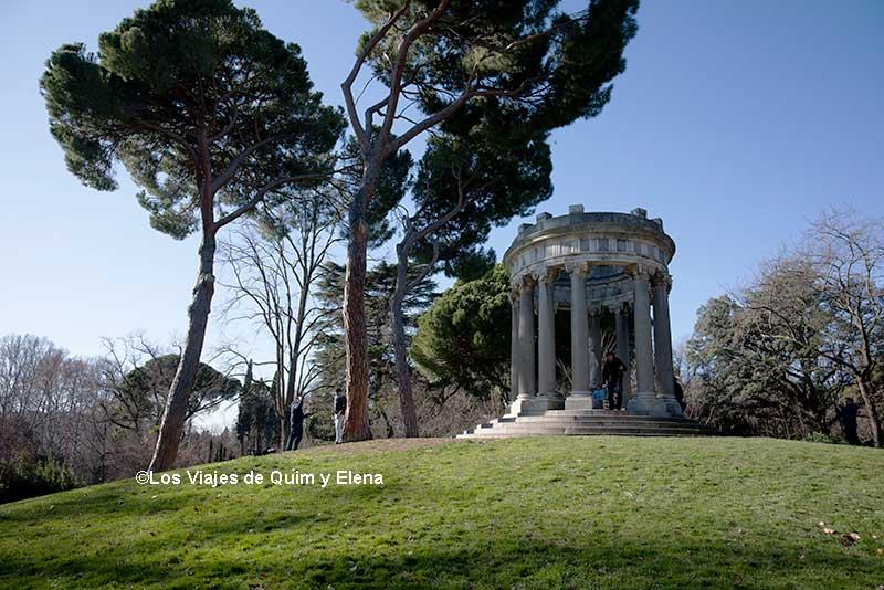 Monumento a Baco en Parque El Capricho