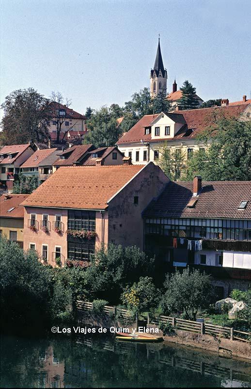 Novo Mesto, ruta en coche por Eslovenia