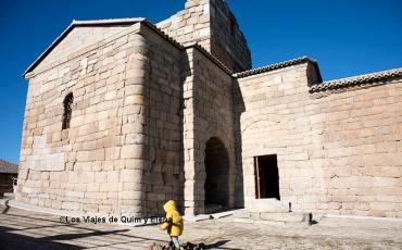 Álex junto a la Ermita de Santa María de Melque