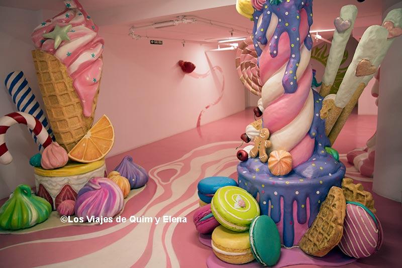 Zona de caramelos gigantes en Museos para niños en Barcelona