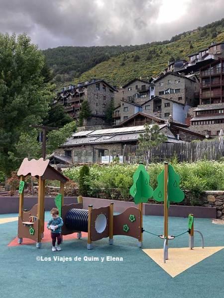 Parc Central en Andorra con niños