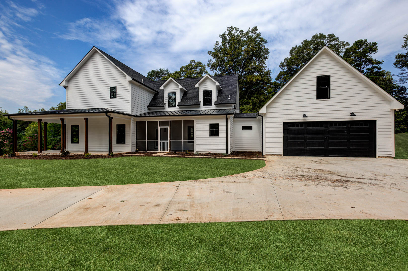 Farmhouse-style house in Pfafftown, NC