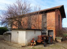 Brick Tobacco Barn Private House And Property