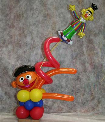 balloon art - bert & ernie
