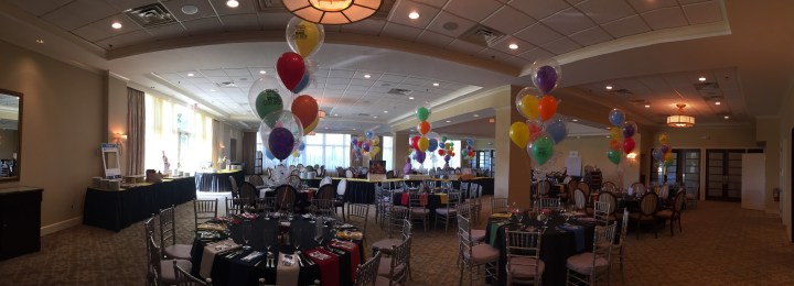 Balloons and Games Bring Out the Venue's Character at Crestmont Country Club