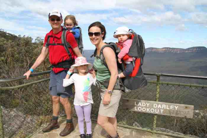 Family hike in the Blue Mountains [Pic: Linda Anderson]