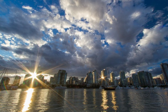 Vancouver evening skyline at sunset | LotsaSmiles Photography