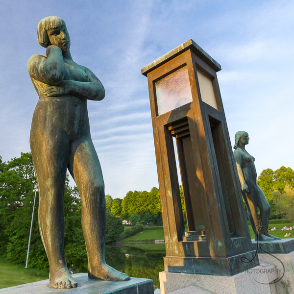 Statues in Oslo's Vigeland Park | LotsaSmilesPhotography