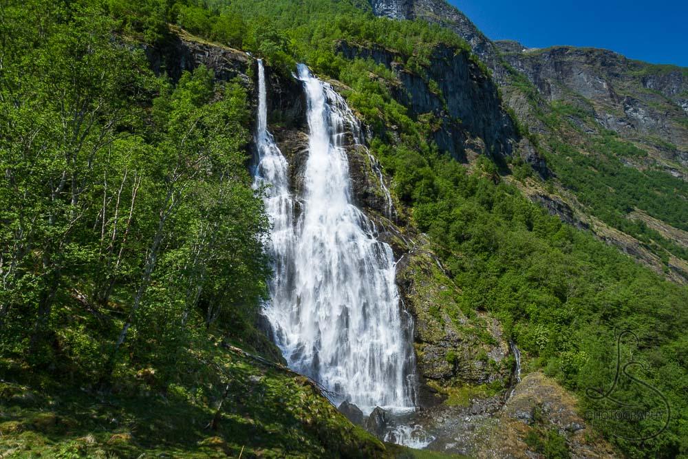 Norway: Ascending Brekkefossen