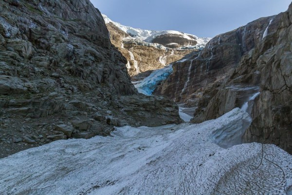 The Kjenndalen glacier from the rock wall that rises right next to the glacier proper | LotsaSmiles Photography