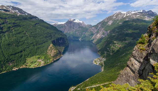 The view of Geiranger Fjord from the rocky outcropping 2/3 along the Losta trail | LotsaSmiles Photography