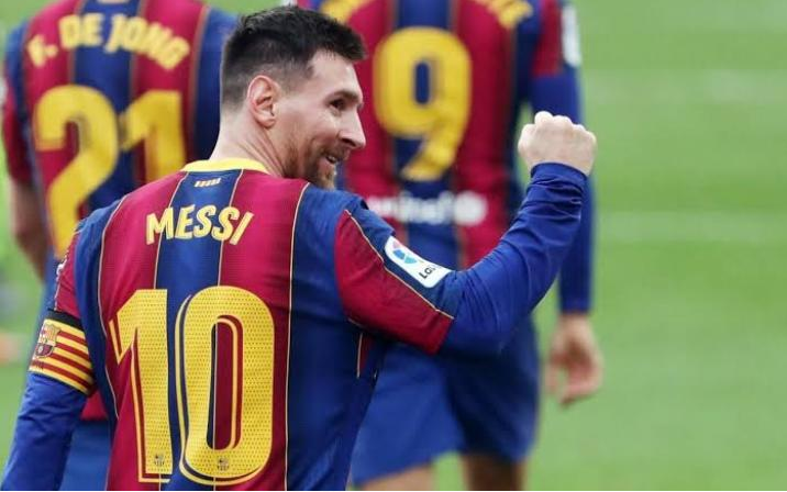 Paris Saint-Germain Offer Lionel Messi A New 3-Year Contract