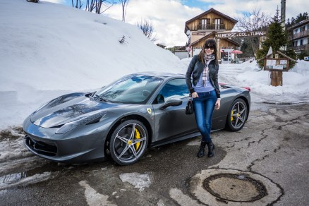 Ferrari 458 Italia in the snow