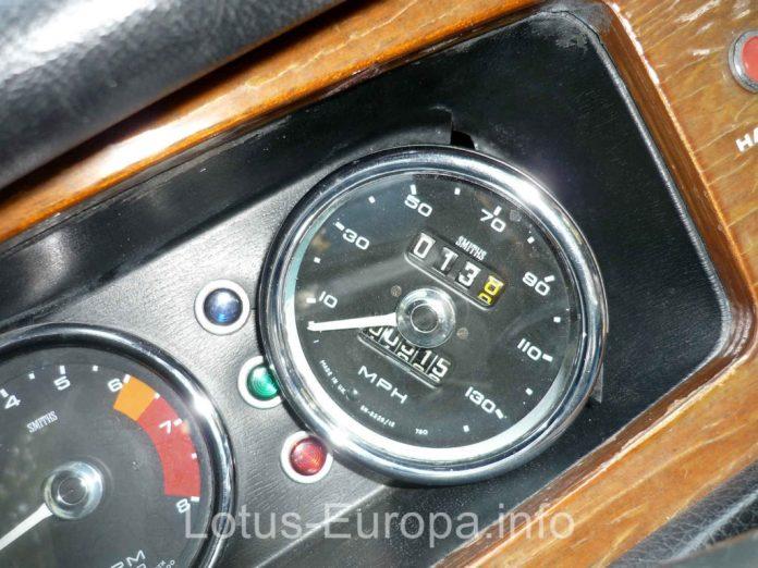 Rebuilt Lotus Europa Speedometer