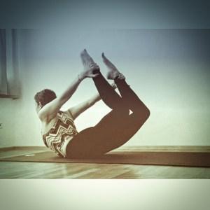 10 Minute De-Stress Yoga Flow 3