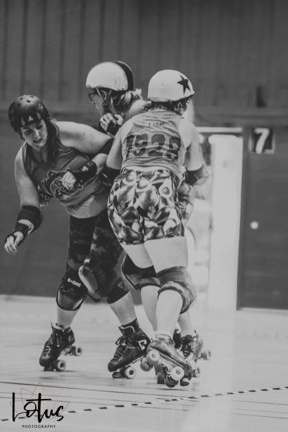 Lotus Phtotography Bournemouth Dorset Roller Girls Roller Derby Sport Photography 98-2