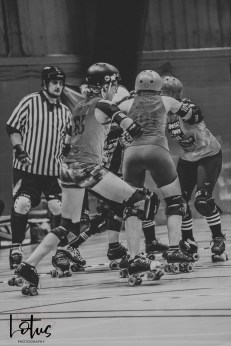 Lotus Phtotography Bournemouth Dorset Roller Girls Roller Derby Sport Photography 99-2
