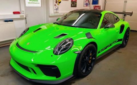 Porsche 991 GT3 RS Weissach green