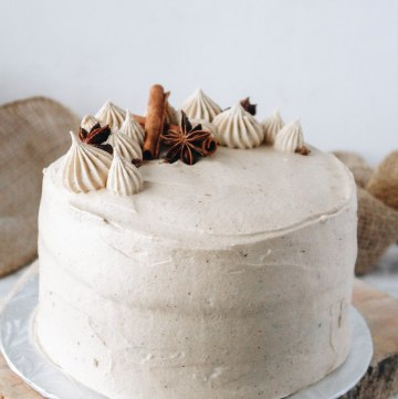 Vegan chai cake
