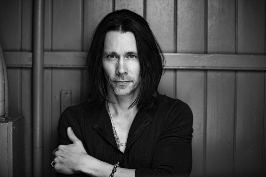 ALBUM REVIEW: Myles Kennedy - Year of the Tiger