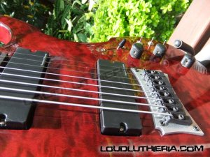 Corda nunca é demais. 8 strings guitar
