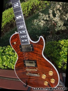 Les Paul Custom Supreme.