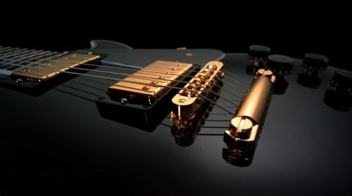 Electric-Guitar-1600x900