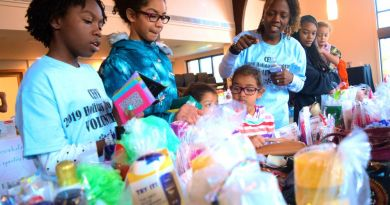 Nonprofit Hosts Holiday Shopping for Hundreds of Kids