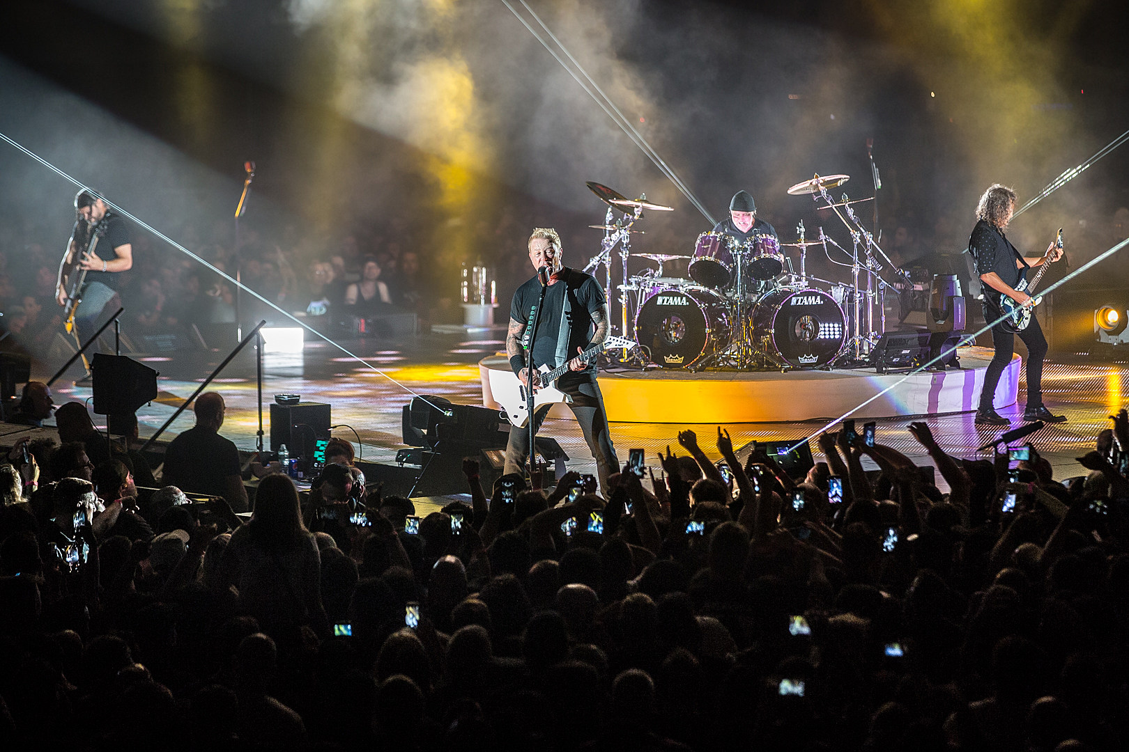 Man Arrested After Allegedly Urinating on a Family at Metallica Concert