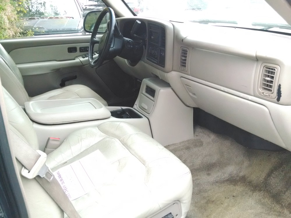 medium resolution of 2001 chevy suburban green tan leather interior 5 3 liter 8 cylinder auto 4x4 4 door a c cruise tilt am fm cd power locks windows mirrors seats