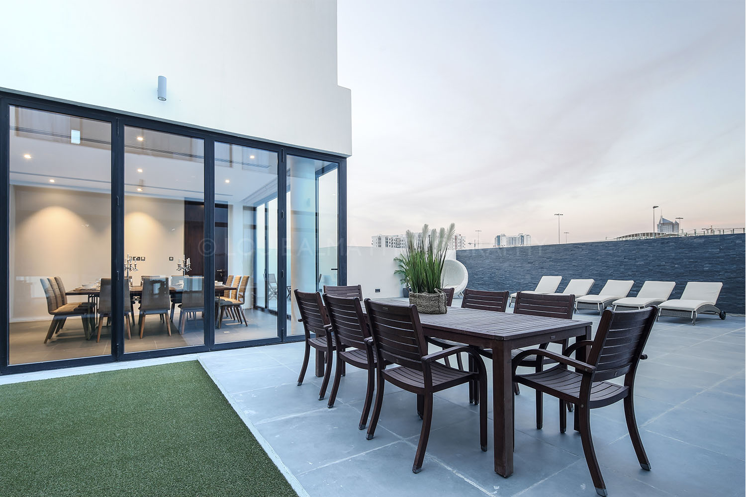 Real Estate Photography - Huge and Luxury Villa in Dubai
