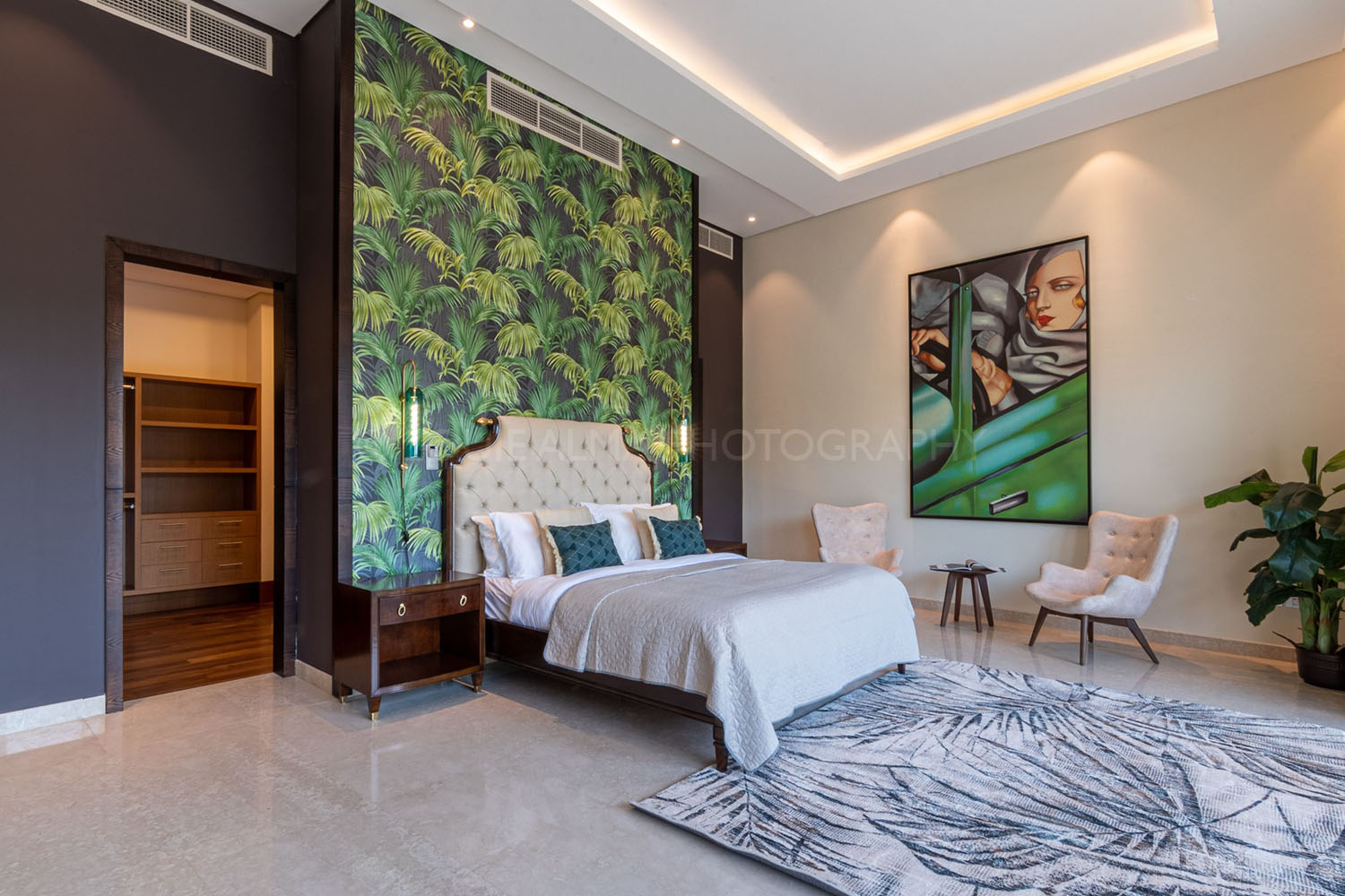 Real Estate Photography - Luxurious Villa in Palm, Dubai