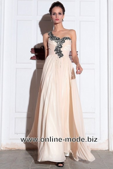 formal-schon-abendkleid-creme-lang-boutique