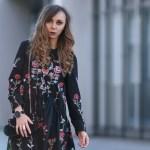 Abend Cool Schwarzes Kleid Mit Blumen VertriebDesigner Cool Schwarzes Kleid Mit Blumen Boutique