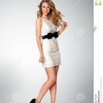13 Genial Frau Im Kleid Spezialgebiet Schön Frau Im Kleid Bester Preis